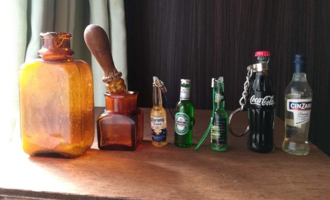ミニチュアボトル(瓶)の冷蔵庫:ブログ Miniature bottle refrigerator : blog